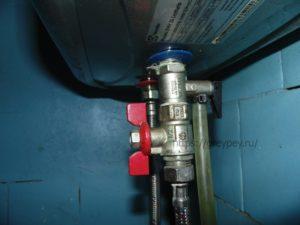 Как установить и подключить накопительный водонагреватель