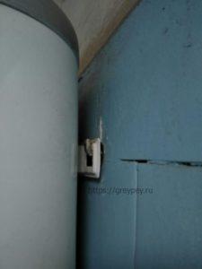 Установка водонагревателя на анкерные болты