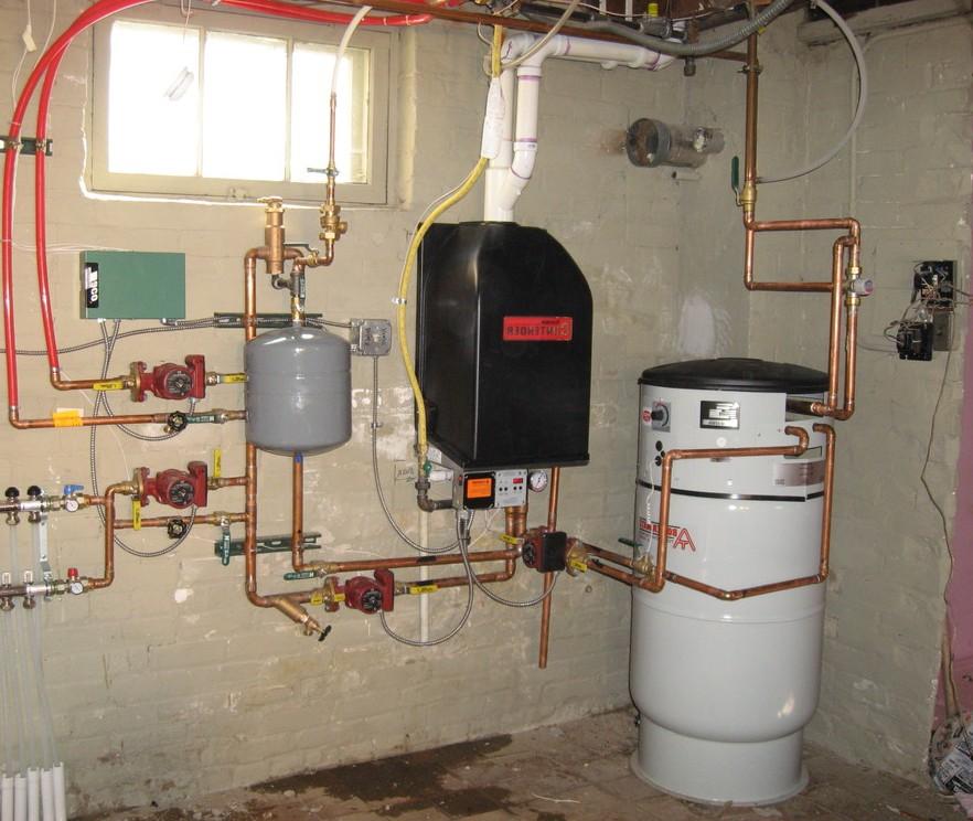 Газовый настенный котел с отдельным бойлером косвенного нагрева
