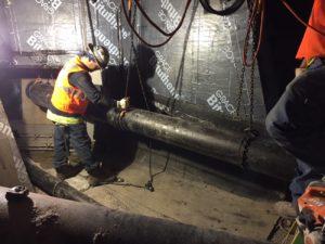 Монтаж чугунных труб канализации