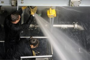 Ремонт протечки воды на трубопроводе