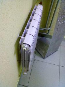 Потекла батарея отопления что делать